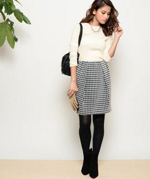 着痩せ効果のあるコクーン シルエットなスカート 千鳥格子スタイルのコーデ参考ファッション♪