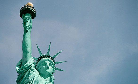 Fantastiske rundrejser i hele verden med Bravo Tours. Køb rejsen på www.bravotours.dk #BravoTours #SåSigerManBravo #FeriePåDansk #USA #NewYork #NY #Culture #Manhattan #City #StatueOfLiberty #LibertyIsland