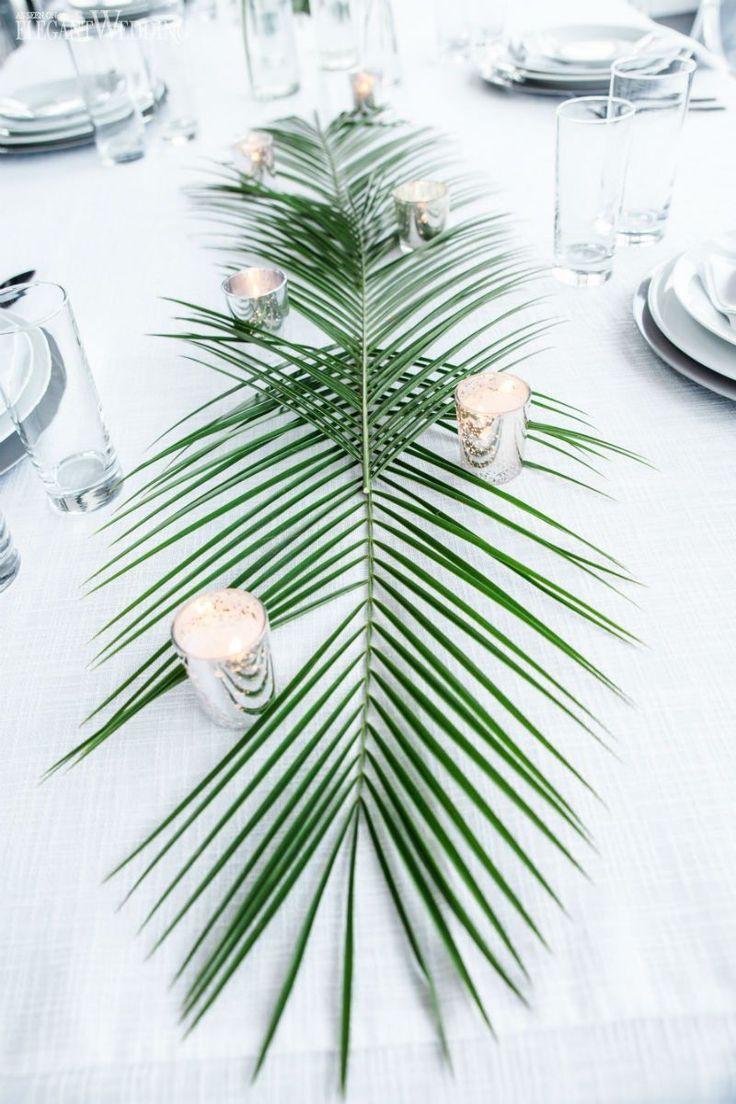 Thème de mariage tropical tout blanc moderne
