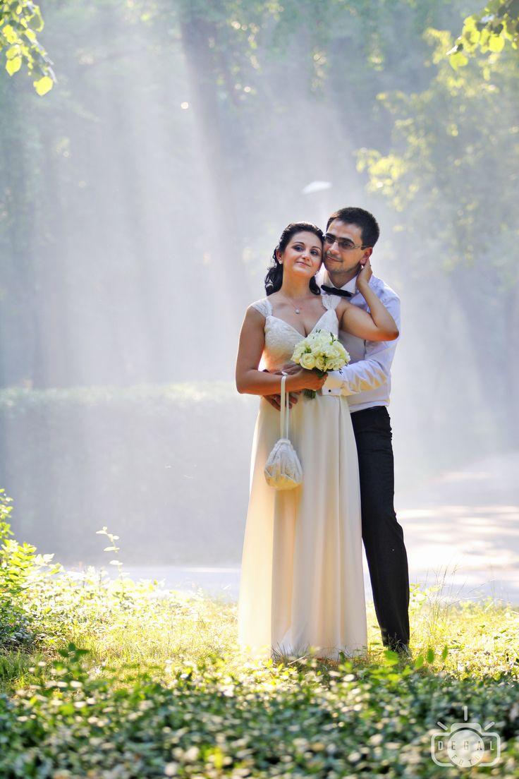 """""""Căsnicia este o artă, trebuie să o creezi din nou în fiecare zi."""" Păstreaz-o vie printr-un album de nuntă de neuitat!"""