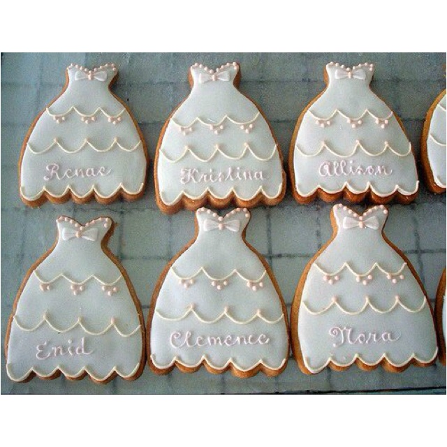 A cute idea for gifts for guests to bridal shower or hens night