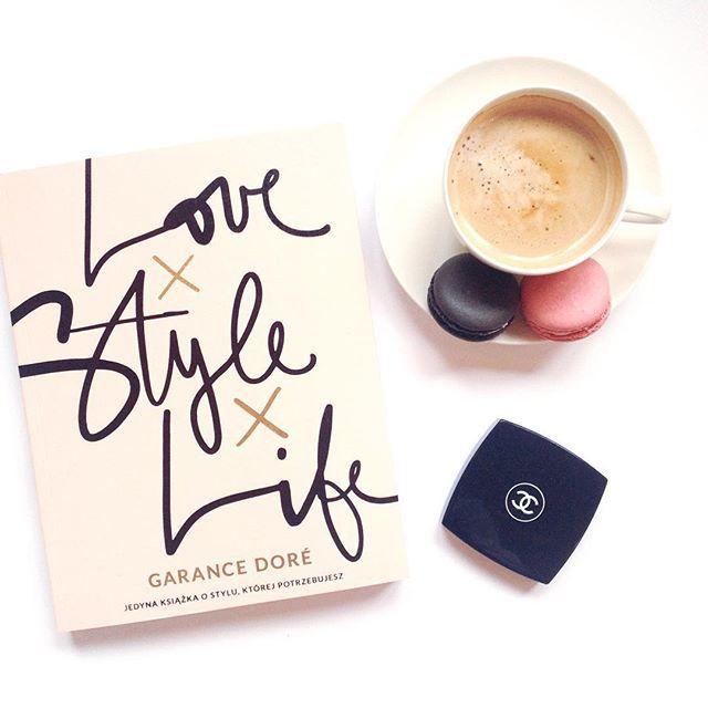 LoveXStyleXLife! Coffee and macarons #makaroniki #chanelcosmetics