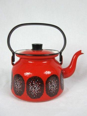 Vintage Finel Finland enamel teapot