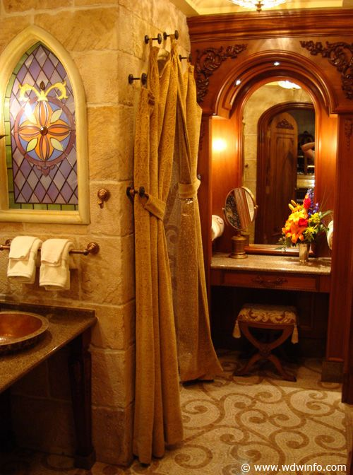 Cinderella Castle Suite - Someday I will stay here (ok I am dreaming)