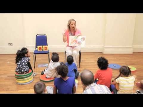 Watch top storyteller and author Catherine Vase in action as she tells her hilarious story of Lawrence the hairdressing Lion!