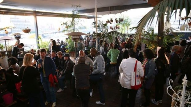 4 Joburg rooftops to visit this summer: http://www.gauteng.net/blog/entry/4_joburg_rooftops_to_visit_this_summer/ #VisitGauteng #GeePeeShotLeft