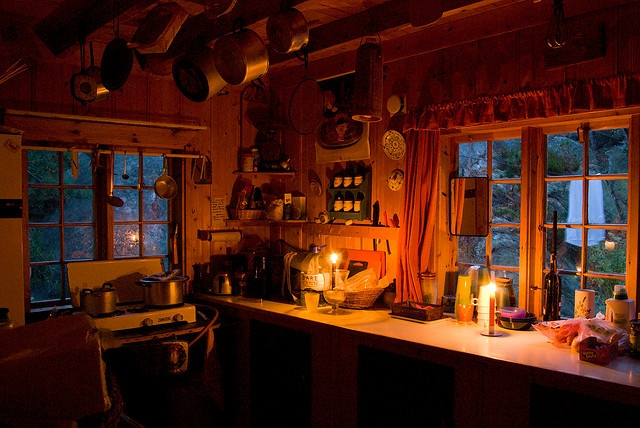 Kitchen in Hytte, Norway - love the simplicity and coziness~
