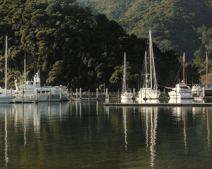Picton Marina   by SidPix