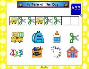 August Smart Board Calendar; http://www.firstgradebrain.com/2012/08/august-smartboard-calendar-math.html?utm_source=feedburner_medium=email_campaign=Feed%3A+FirstGradeBrain+%28First+Grade+Brain%29