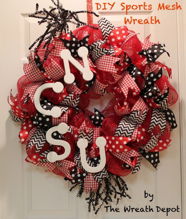 how to make a deco wreath with ribbon