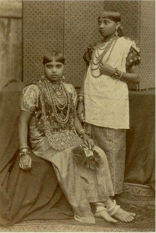 Kandy Girls Wearing Jewellery - Ceylon (Sri Lanka) 1880's