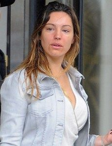Kelly Brook Without Makeup VIsit  www.celebgalaxy.com