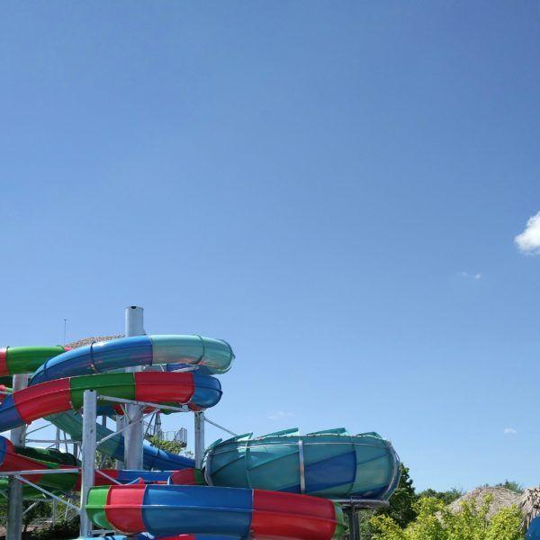 Les nouvelles glissades d'eau du parc Amazoo au zoo de Granby