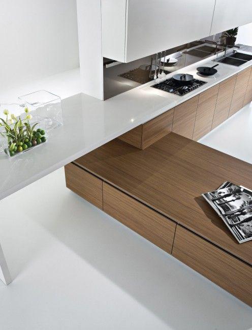 Siden ind mod køkkenet skal være skabe men ud mod stuen vil det ...