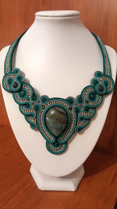 Colier soutache statement verde