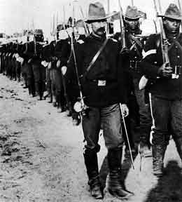 Black soldiers serving in Spanish-American War