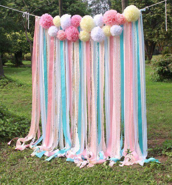 Rosa weiße Spitze-Minzeband Pom Poms blüht Scheingewebehintergrund Hochzeitszeremoniebühne Geburtstag Babypartyhintergrund-Partei Girlande