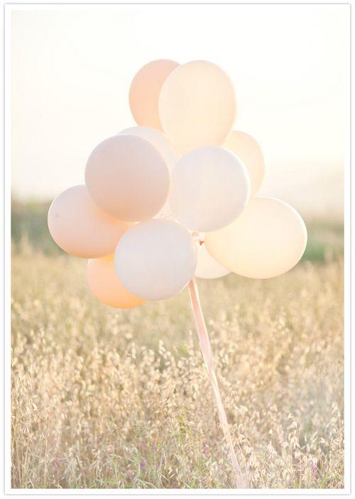 #wedding #balloons repinned by www.hopeandgrace.co.uk