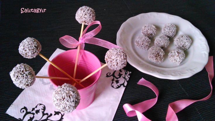 Zabpelyhes kókuszgolyó (cukormentes, diétás kókuszgolyó recept), diétás édesség, sütés nélküli diétás süti