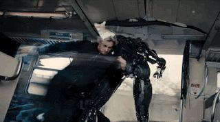 ¡Después de 3 largos años se llegó a las salas de cine Avengers: Age of Ultron! Pero, lo que todos se preguntan a estas alturas de la vida es, ¿valió la pena tan larga espera? Para mí, tan solo 2 películas de Marvel Studios habían logrado superar en todos los aspectos a la segunda entrega de Capitán América; pero sin duda Age of Ultron se lleva por delante a no solo esa pequeña lista, sino también a todos y cada uno de los filmes de superhéroes que he visto hasta la fecha (con una sola…