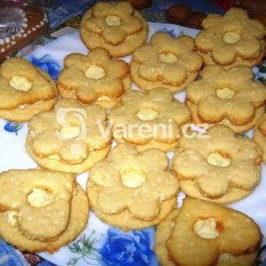 Fotografie receptu: Kokosové cukroví s kokosovým krémem