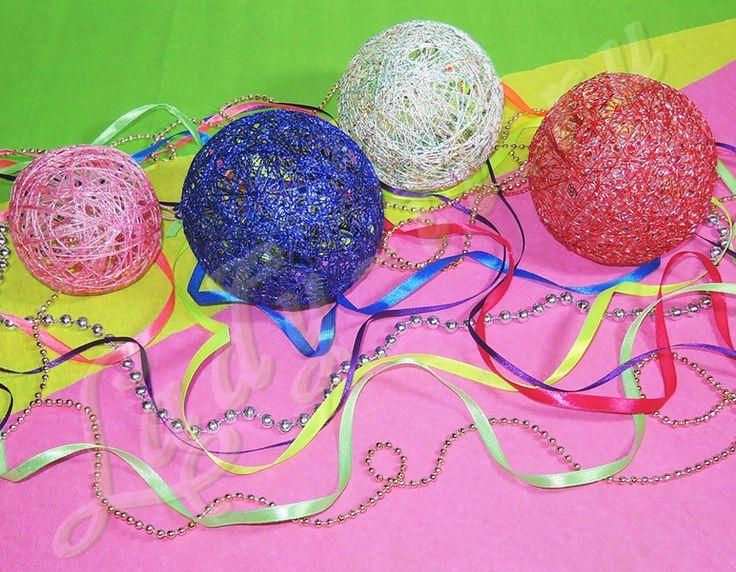 Декоративные шарики из нитей и клея