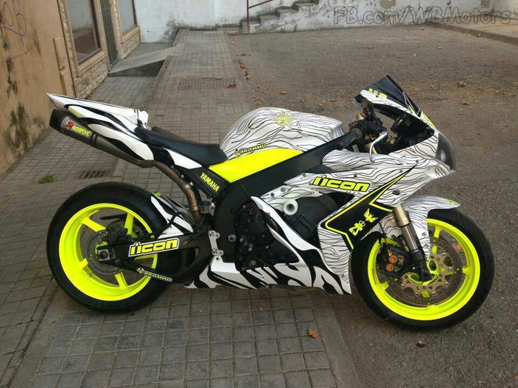 Awesome colors Yamaha motorcycle                                                                                                                                                                                 More