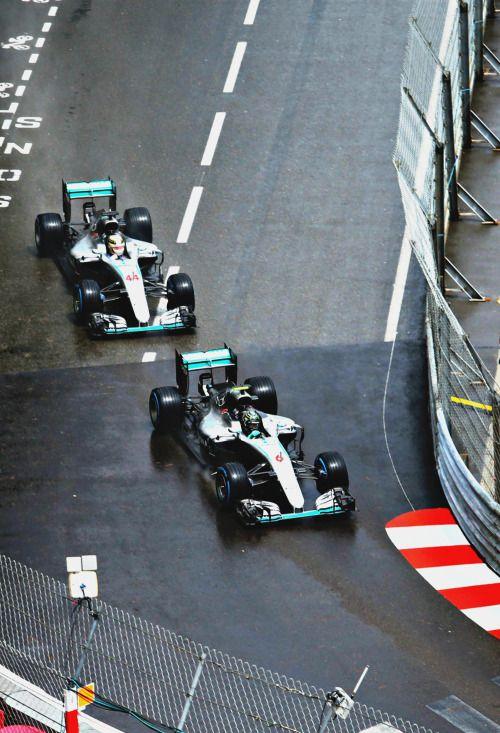 Nico Rosberg ahead of Lewis Hamilton l Monaco 2016