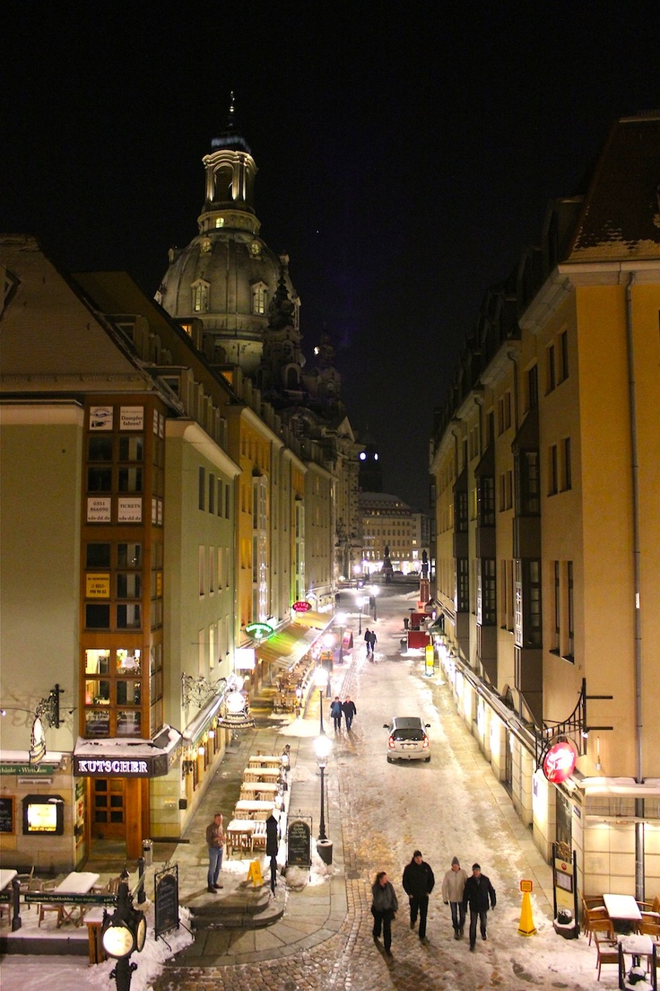 March 15, 2013. The luminous streets of Dresden are full of promising cultural and culinary experiences.