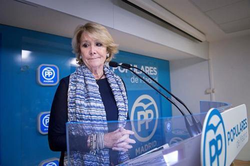Los memes invaden #twitter ante la dimisión de Esperanza Aguirre