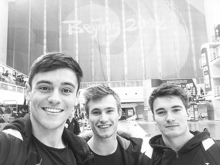 "5,733 Likes, 15 Comments - Jack Laugher (@jacklaugher) on Instagram: ""Throwback 🇨🇳✌🏼"""