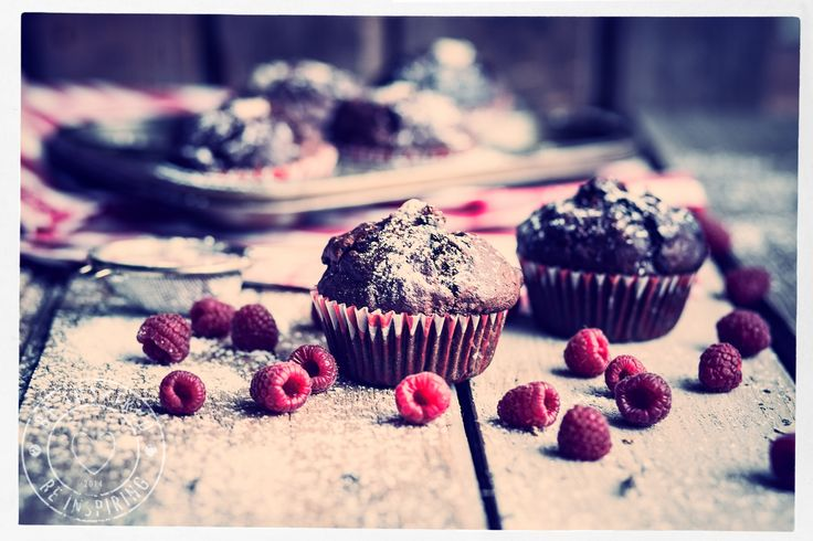raspberry muffins, rapsberry & chocolate muffins, muffins, sugar free muffins
