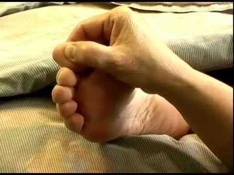 Reflexology For Migrane Headaches - YouTube