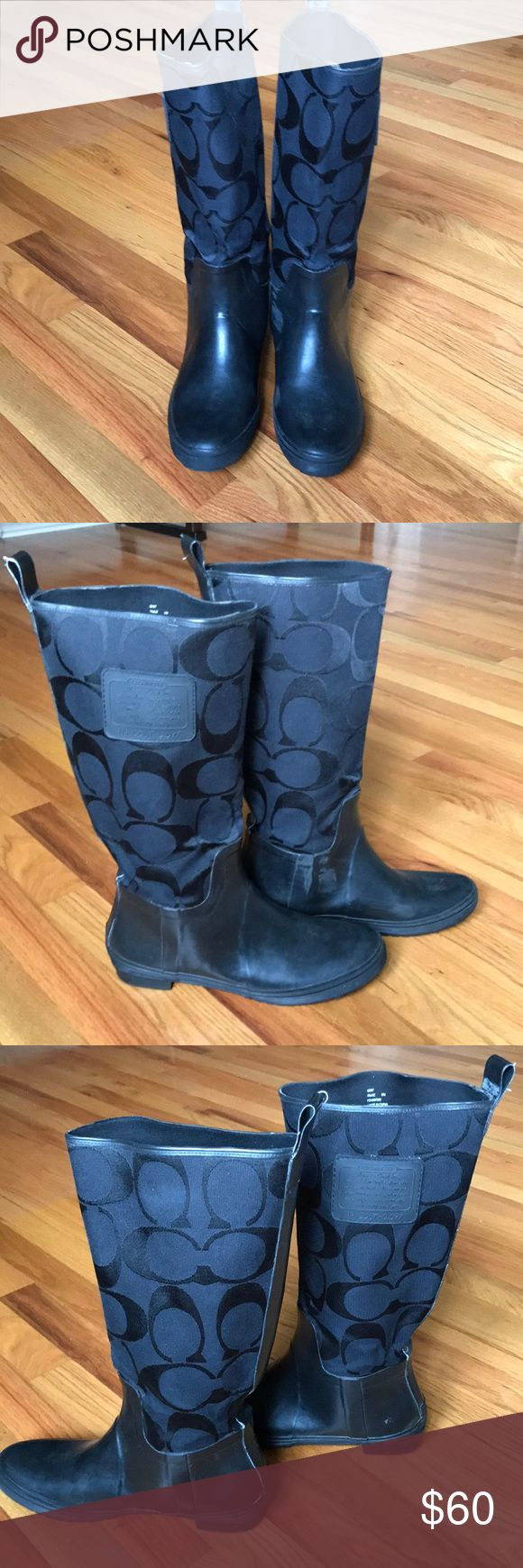 COACH RAIN BOOTS Beautiful Coach rain boots! In very good condition. Bought in the New York City Flagship store🖤 Shaft circumference is 15.5. Coach Shoes Winter & Rain Boots