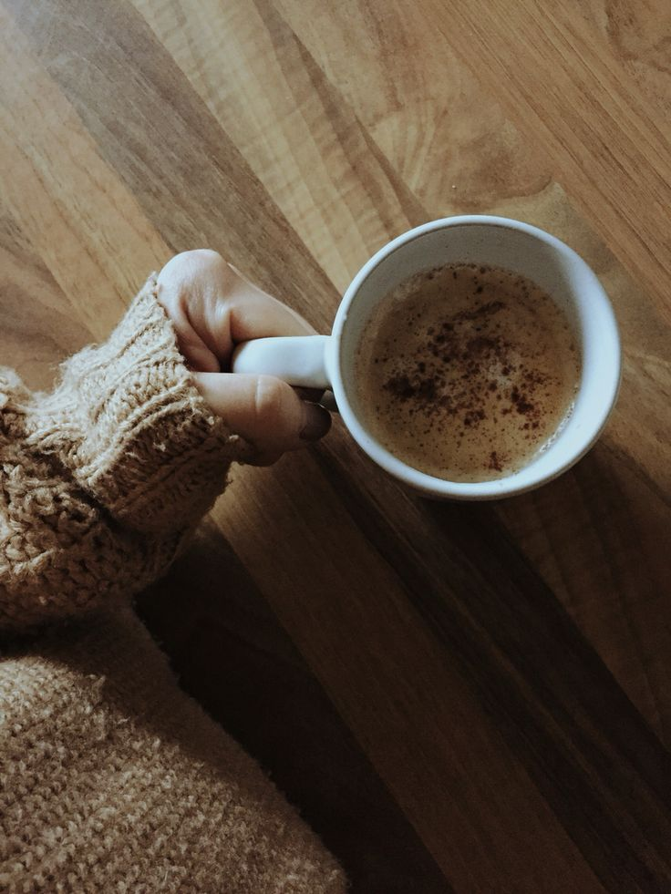 met my coffee❤️ #coffee #winter #cinnamon #cozy #vintage #wood #morning #hot #season #holiday