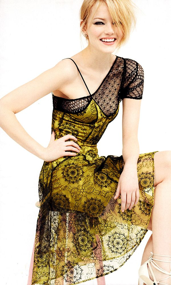 Yes.  I actually bought a copy of VOGUE magazine specifically for Emma Stone.  This was my fave dress!