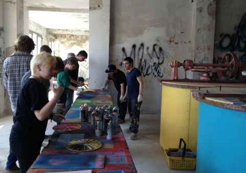 Street Art Workshop & Tour