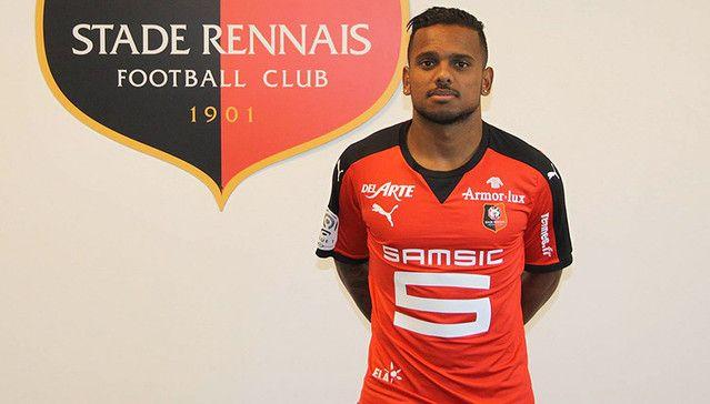 Kermit Erasmus signs for Stade Rennais from Orlando Pirates - News ...