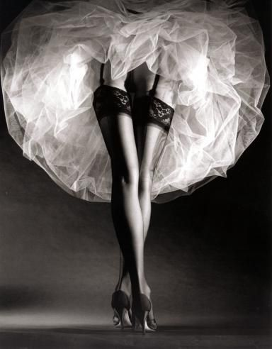 Round the Clock, New York, 1987 by Horst P. Horst