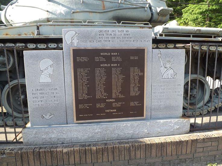 army tank at Holly Hills Shopping Center, Hindman, KY