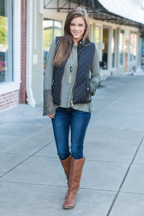 """Quilted Puffy Vest - Black""This quilted puffy vest is great for city streets or country roads! It's chic style is just what you need this fall! It's perfect for a casual day out! #newarrivals #shopthemint"