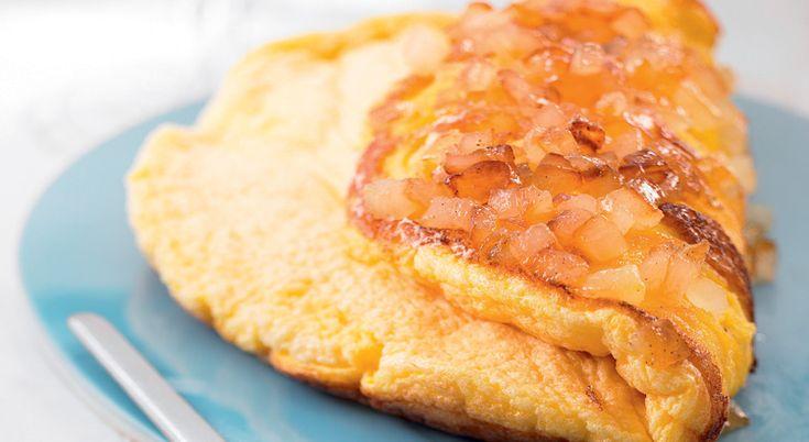 Si vous souhaitez préparer une recette originale, préparez une omelette soufflée aux pommes !