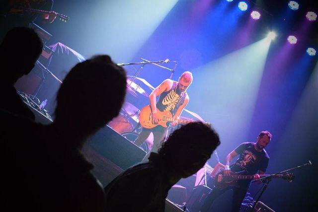 Fackass dio el Kickoff del Tour 2017 en el Auditorio Oeste y continua en The Roxy Live   El viernes 24 Fackass dio el kickoff de su tour 2017 en el Auditorio Oeste junto a OConnor. Con un show de 40 minutos muy power que incluyó los géneros del hard rock punk y grunge Fackass presentó los temas de su discografía: Doble Apuesta Despertar de un sueño Evolución Tu Estrella Demonia Mi Reflejo 321 El Can entre otros así como también algunos covers como Sucio y Desprolijo de Pappo. La próxima…