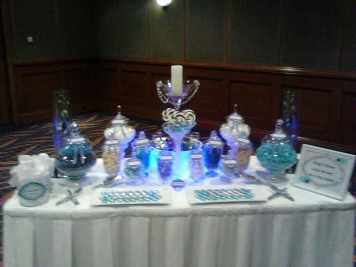 Wedding lolly buffet by Designer Dayz - Lolly Buffets