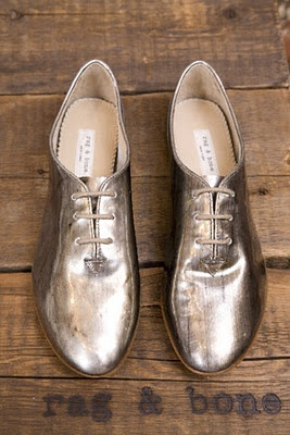 rag: Golden Shoes, Gold Leather, Silver Oxfords, Gold Flats, Wedding Shoes, Funky Shoes, Rag And Bones, Silver Shoes, Gold Shoes