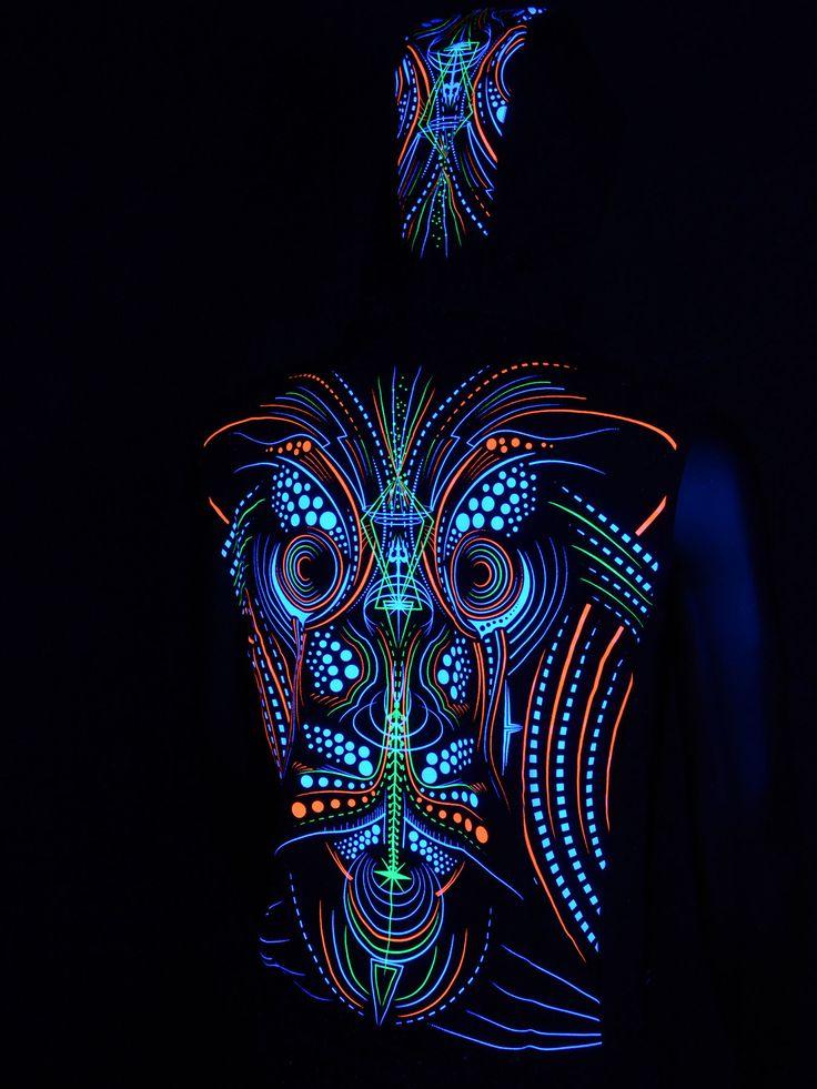 """Schwarzlicht Weste mit Kapuze """"Faun"""" #blacklight #schwarzlicht #neon #party #psy #clothing #publicbeta"""