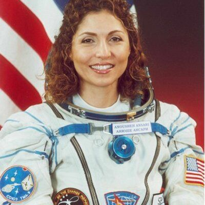 """I am reading @Astro_Ron 's book and my heart is filled with HOPE! - I know we can learn 2 look beyond our differences https://twitter.com/AnoushehAnsari/status/572640568771149824"""