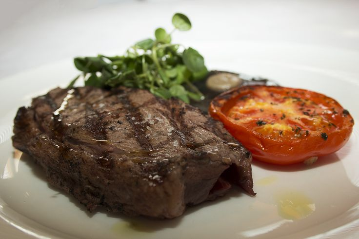8oz steak served with classic garnish with a choice of triple cooked chips, skinny fries or mashed potato with a choice of peppercorn, Diane or Red Wine jus