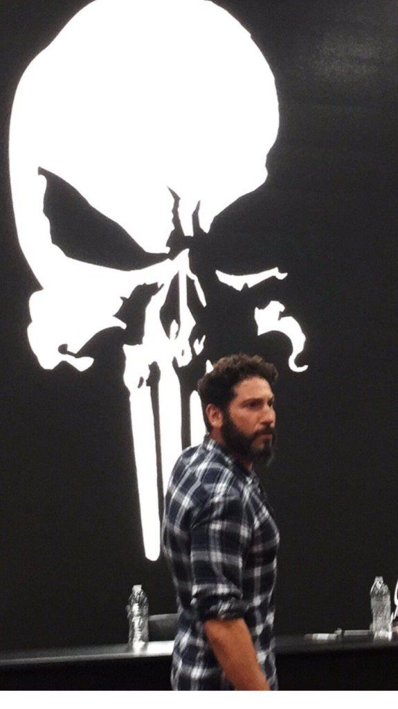 Jonny-at-SDCC-575x1024 Jon Bernthal is <i>really</i> at #SDCC from The Punisher Harp Zone (punisherharpzone.com)