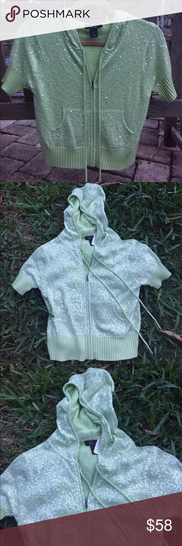 sequined silk & cashmere hooded sweater sean by Sean Combs lime green, sequined, hooded sweater. 💚💚💚 Short sleeves.. 55% Silk, 45% cashmere. Excellent condition, never worn. TJ Max tag attached... originally about $200. Adorable!!! 💚💚💚 Sean John Sweaters